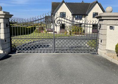 Twin leaf automated gate and IP intercom system installation